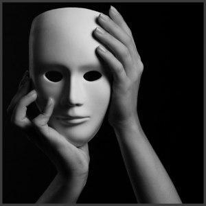 Dar lo mejor de nosotros para conectarnos con el ser detrás de la máscara, siempre rinde beneficios para ambas partes