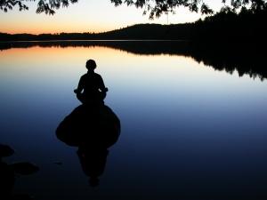 Lograr al armonía comienza por el vaciado de nuestra mente y ese vaciado se logra con la respiración.
