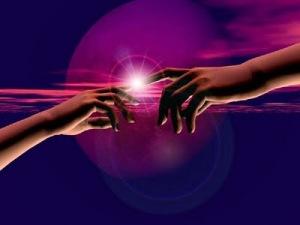 Ceder el control a la divinidad es mantenerse en Conexión Permanente con Dios.