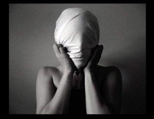 Ver nuestras heridas es la mejor manera de sanar, no querer hacerlos nos mantiene en el victimismo.