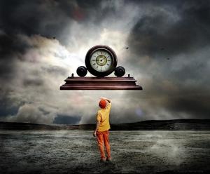 Vivir en un tiempo es una decisión personal. Elige siempre el presente, donde está el regalo.