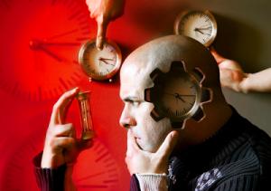 El tiempo es algo que escapa de nuestro control. Solo hay que aprender a vivir con él.