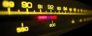 Somos como radios que atraemos a nuestras vidas en la medida que nos sintonizamos con nuestras emociones.