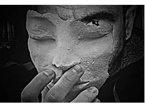 El verdadero yo y el verdadero tú, está tapado tras máscaras de miedo y ansiedades.