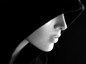 Para poder ver la luz es necesario haber conocido la oscuridad y esta existe en todo y en todos.