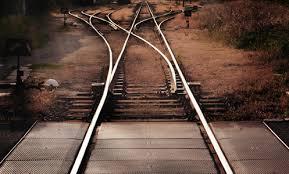 Elegir el camino de la felicidad cuesta en la medida en que le demos fuerza a los egos, al miedo, a la duda.