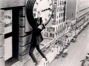 Por más que le des largas, te alcanzan las horas de comenzar a cambiar.