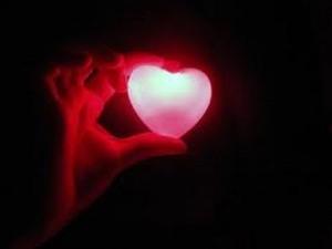 El corazón se enciende verdaderamente, cuando permitimos que Dios habite en él.